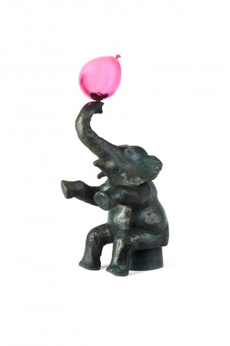 L'Elephant et le ballon rose