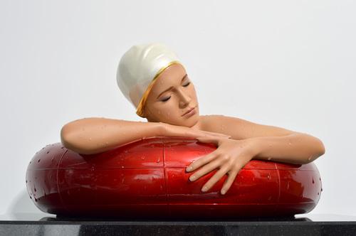 Miniature Serena w/ Pearled Gold Rim Cap & Red Tube, 2020